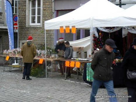 Boulogne Christmas market stall picture