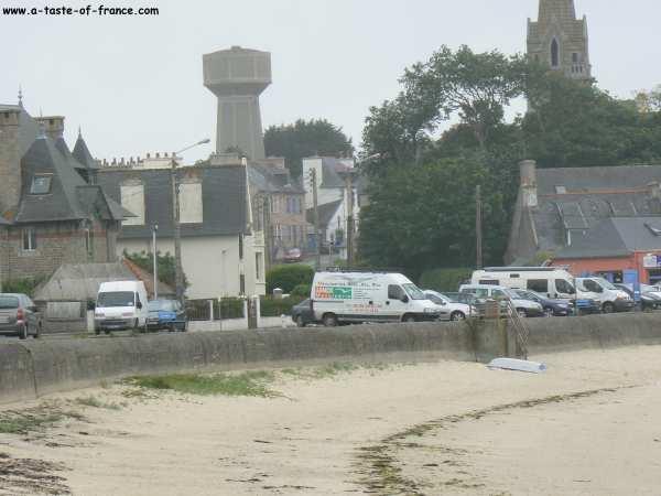 The sea front at Brignogan Plages