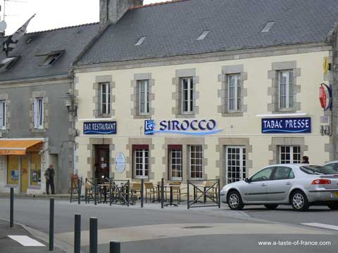Combrit Sainte Marine bar France