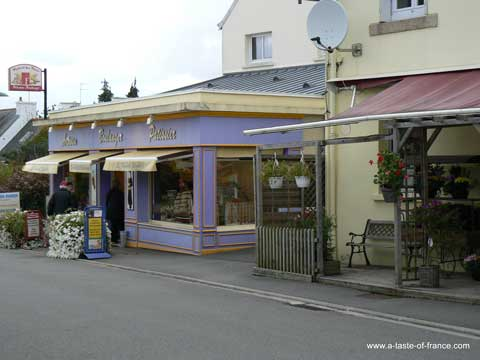 Combrit Sainte Marine shop  Brittany