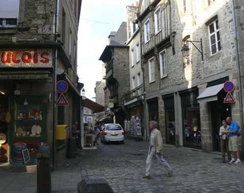 Dinan town centre