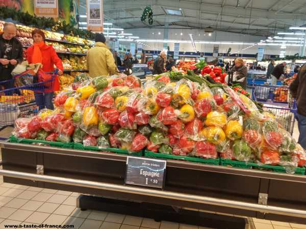 France fresh produce supermarket