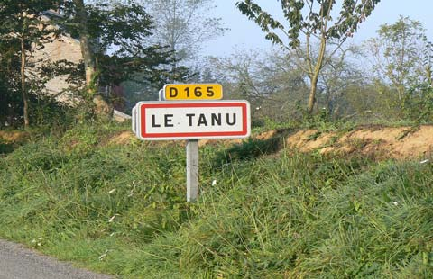 Le Tanu sign manche Normandy
