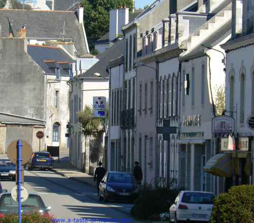 Pont Croix Town In Brittany Photos And Guide Hotels And Gites