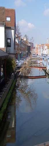 Amiens river