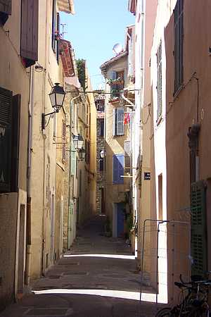 Antibes street picture