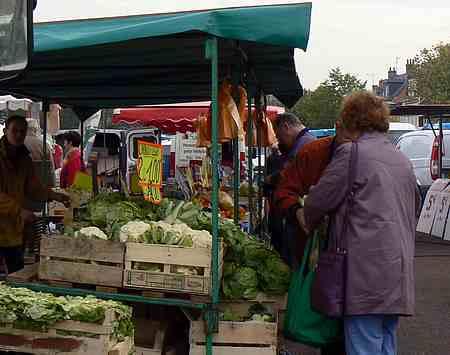 Audruicq market picture  2