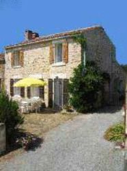 2 bed stone cottage