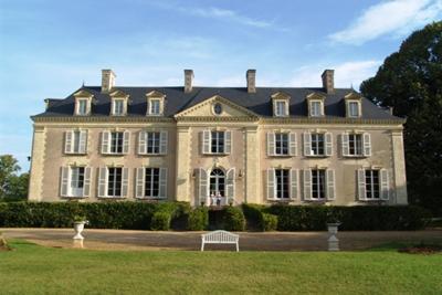 Chateau La Mothaye B&B Loire Valley