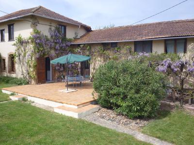 Renovated Farmhouse (4 bd; 2 gîtes)