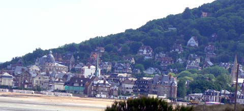 Cabourg photos and guide seaside town normandy hotels and for Hotel piscine cabourg