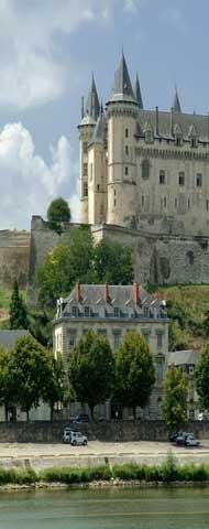 Chateau de Saumur and Loire river