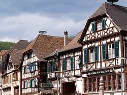colmar house picture