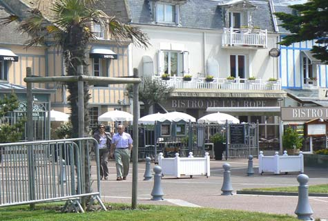 Courseulles sur Mer cafe France Calvados  Normandy