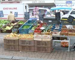 desvres market stall picture