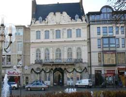 Douai Place d`Armes picture