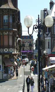 Etretat street