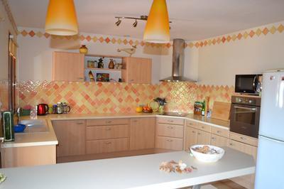 Kitchen from breakfast bar