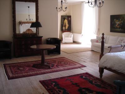 50 sq mtr en suite bedroom