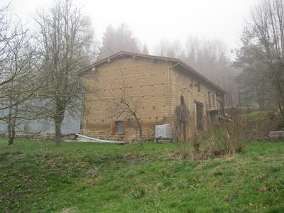 Barn for conversion (residential)