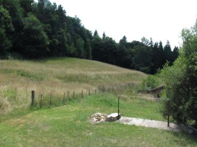 Attached grazing land