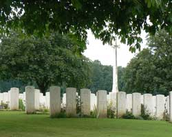 Guillemont Cemetery picture