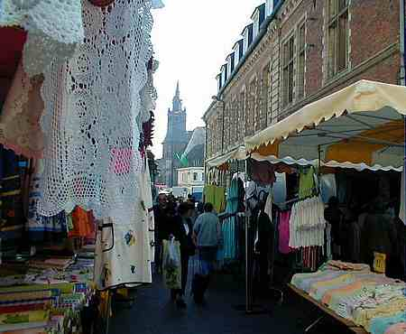 hesdin street market picture