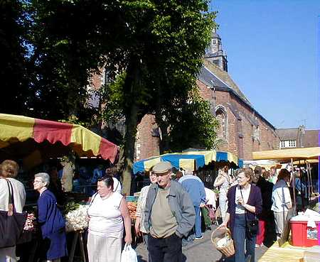 Hesdin market3 picture