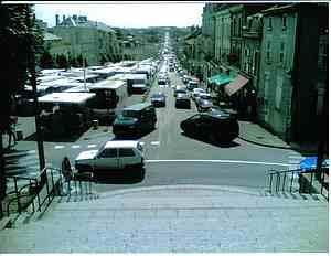 Fontenay de comte main street market