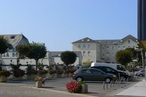 Jullouville hotel manche Normandy