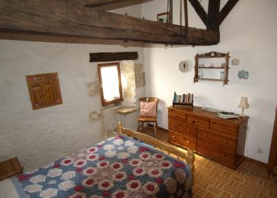 Top Floor South Facing Double Bedroom with Original Stone Guards Seat