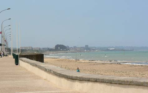 langrune sur mer photos and guide to the town in normandy. Black Bedroom Furniture Sets. Home Design Ideas