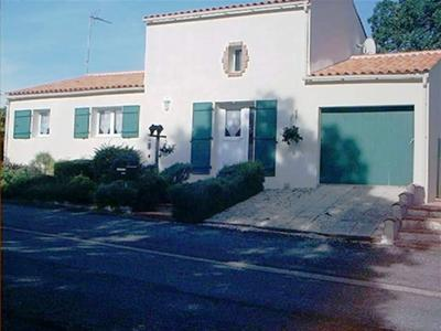 Family home in Le Champ St Pere,