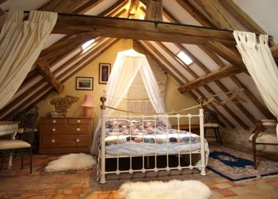 Terracotta Room Sleeps 4 in Traditional Rustic French Style