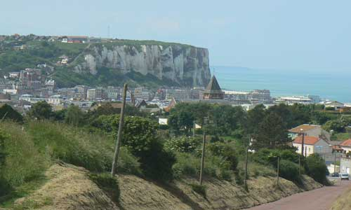 Mers les Bains road and cliffs