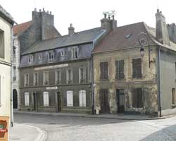 montreuil sur mer street picture 4
