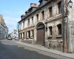 montreuil sur mer street 5 picture