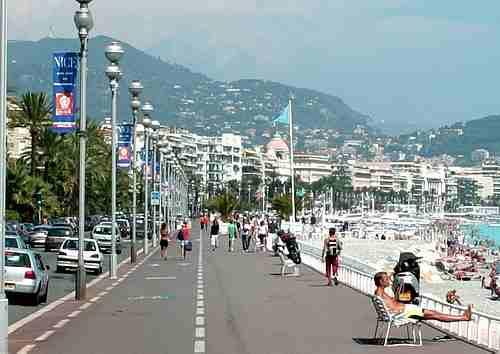 Promenade des Anglais picture