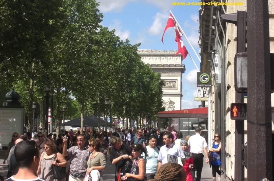 Paris view towards the Arc de Triomphe