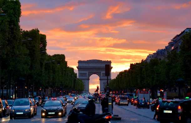 the Arc de Triumph sunset picture