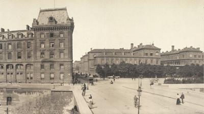 Paris street 1909