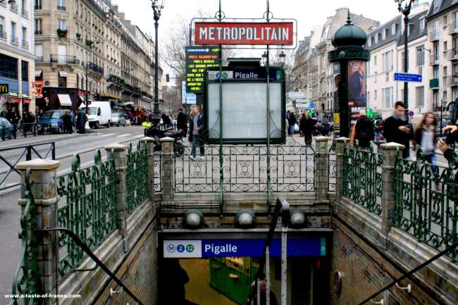 Pigalle Metro station picture