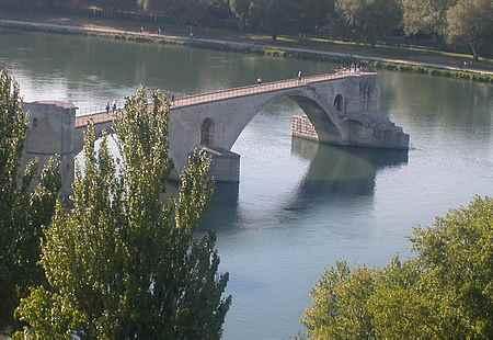 Avignon bridge picture 2