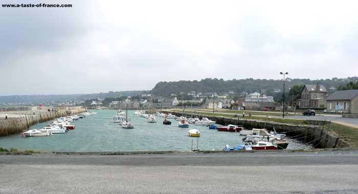 Port du Becquet  village in Normandy