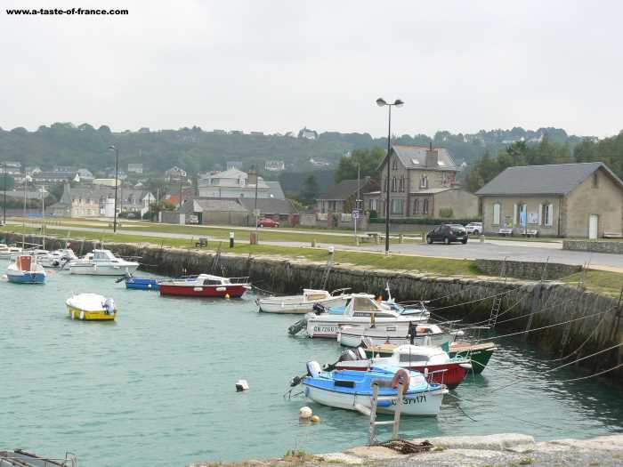 Port du Becquet  village in Normandy
