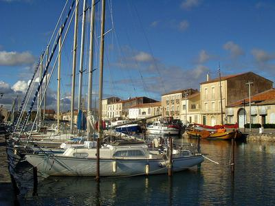 House for sale in MARSEILLAN - Herault - Between the sea ...