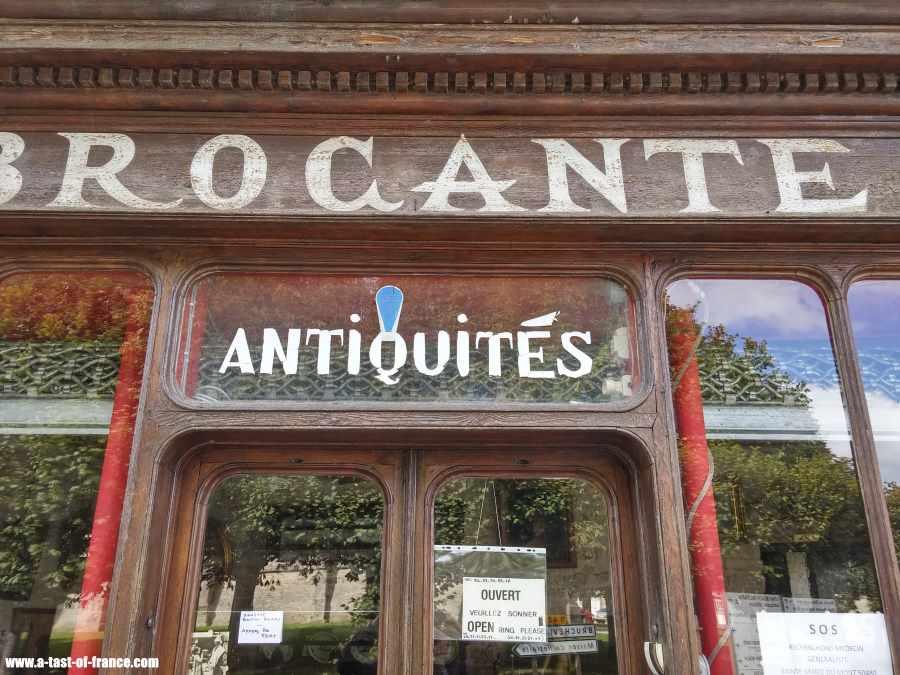 Antique shop  Sainte Marie du Mont