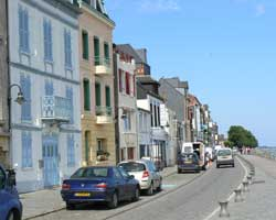 st valery sur somme street 2 picture