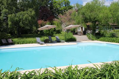 Enjoy the 12m x 6m private pool