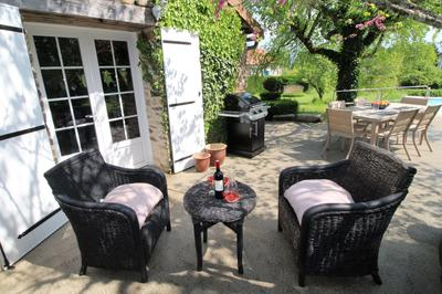 Dine alfresco and sizzle a steak on the barbeque